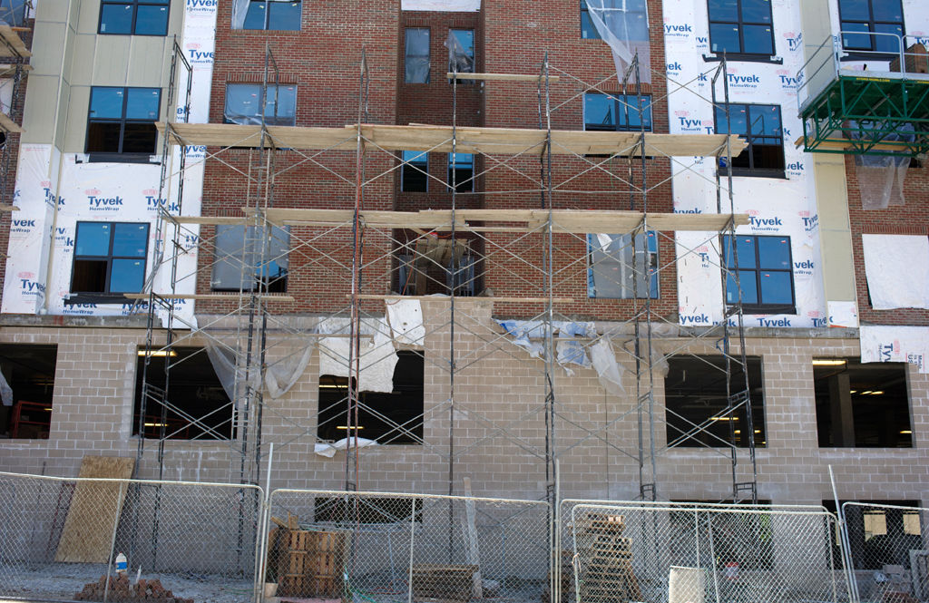 Union makes safety complaint against masonry contractor at