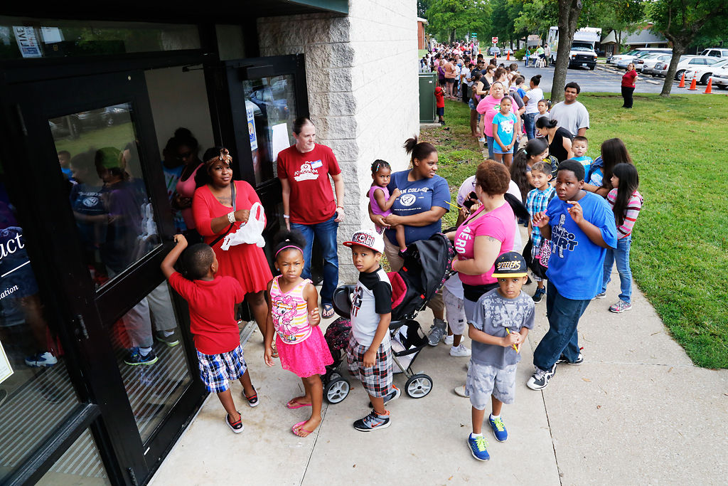 Fair Offers Free School Supplies Haircuts And Health Care News