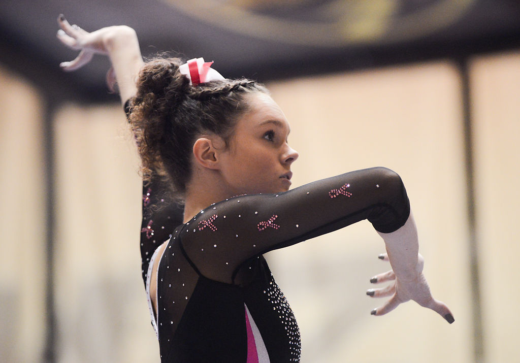 Hannah McCrary focuses on her beam routine