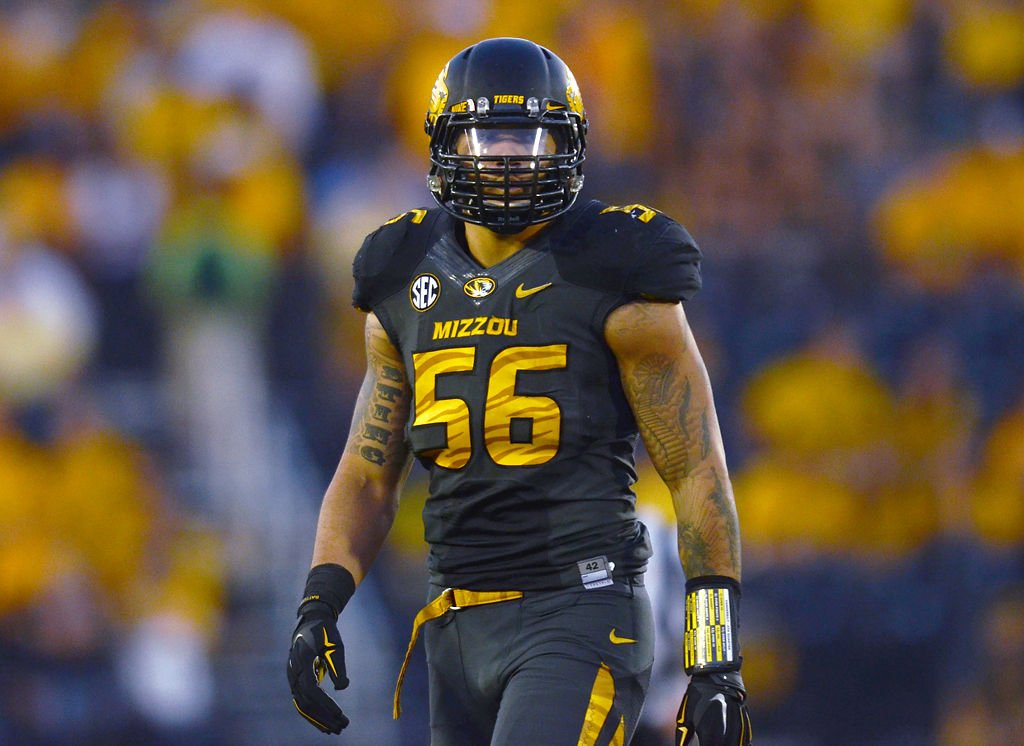 Former Missouri defensive end Shane Ray was named a consensus All-American  by various media outlets. Ray set the single-season school record for sacks  with ... 7f54791a9