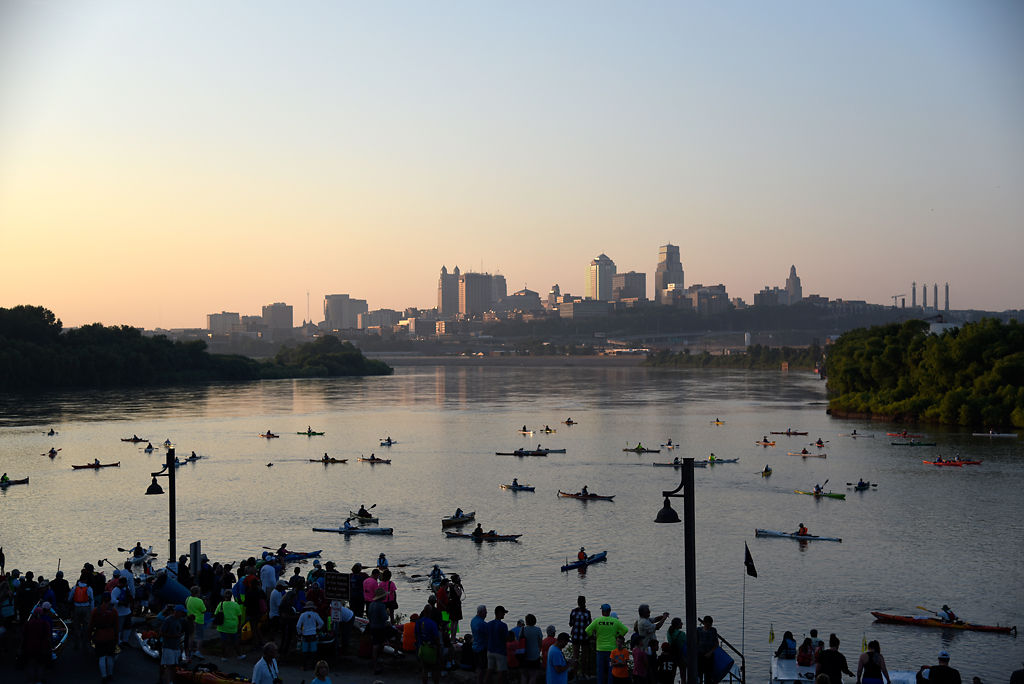 Racers see Missouri from the water in MR340 river race