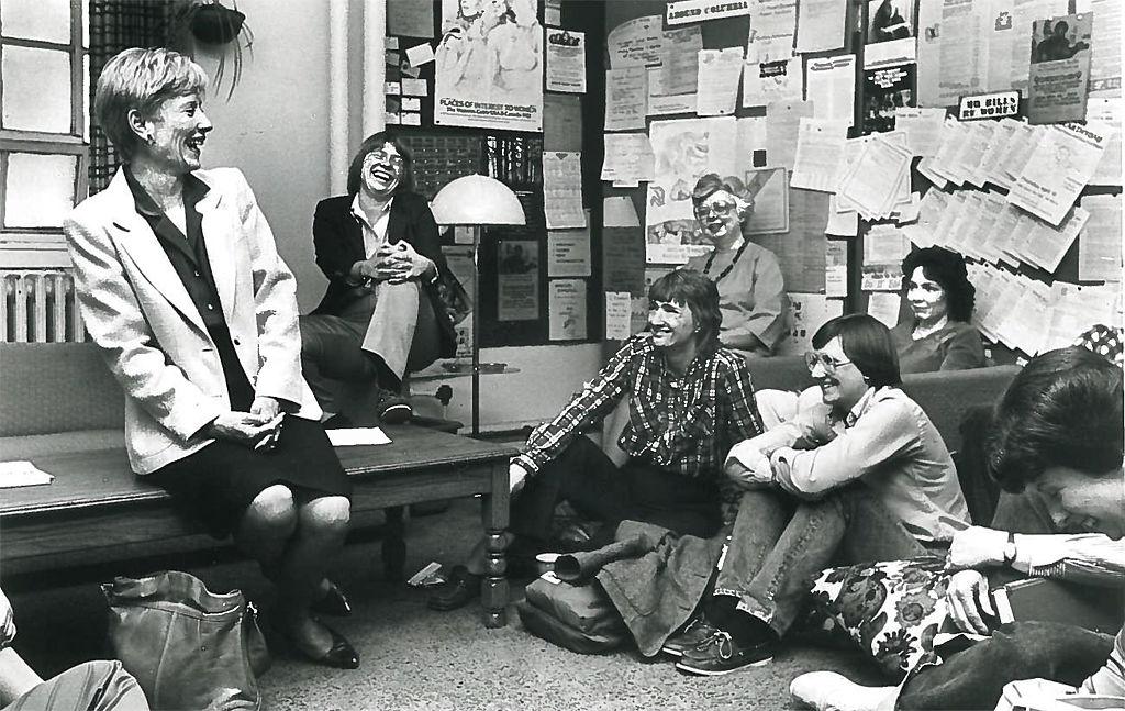 Barbara Uehling Charlton visits with students