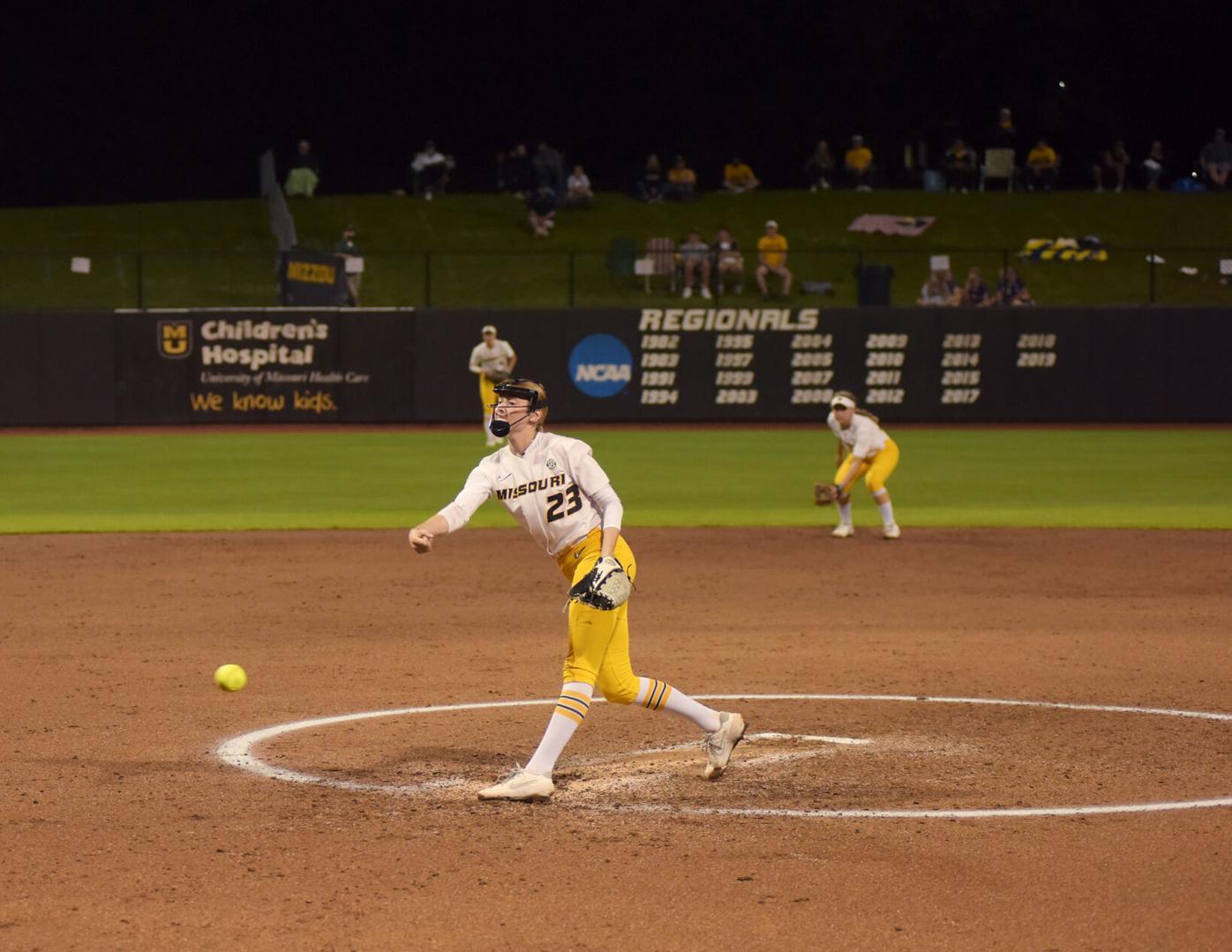 Jordan Weber pitches (copy)