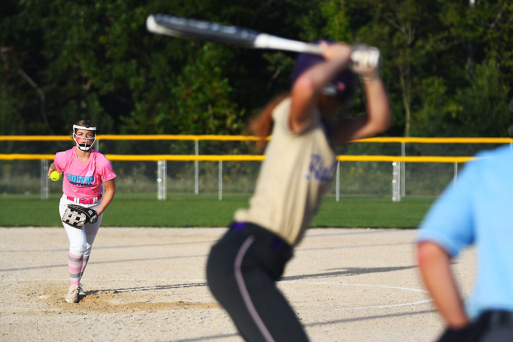 Paige Bedsworth pitches