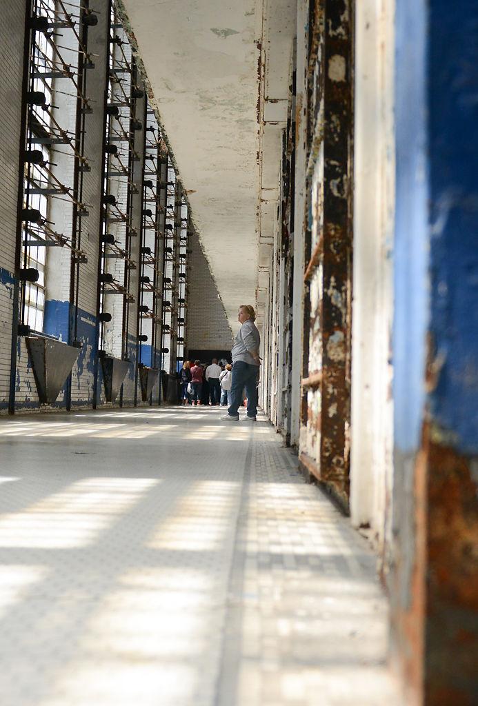 Visitors tour Missouri State Penitentiary