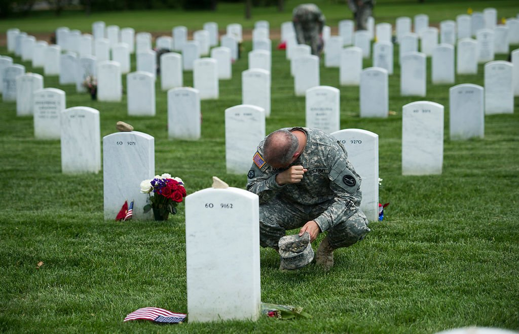 Memorial Day weekend tributes to fallen U.S. soldiers around the world