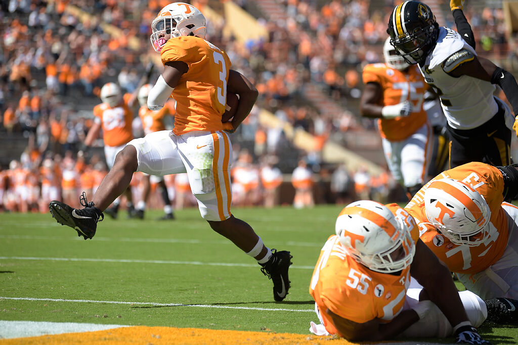 Defensive Failures Drops Outshine Quarterback Change In Tennessee Loss Mizzou Football Columbiamissourian Com