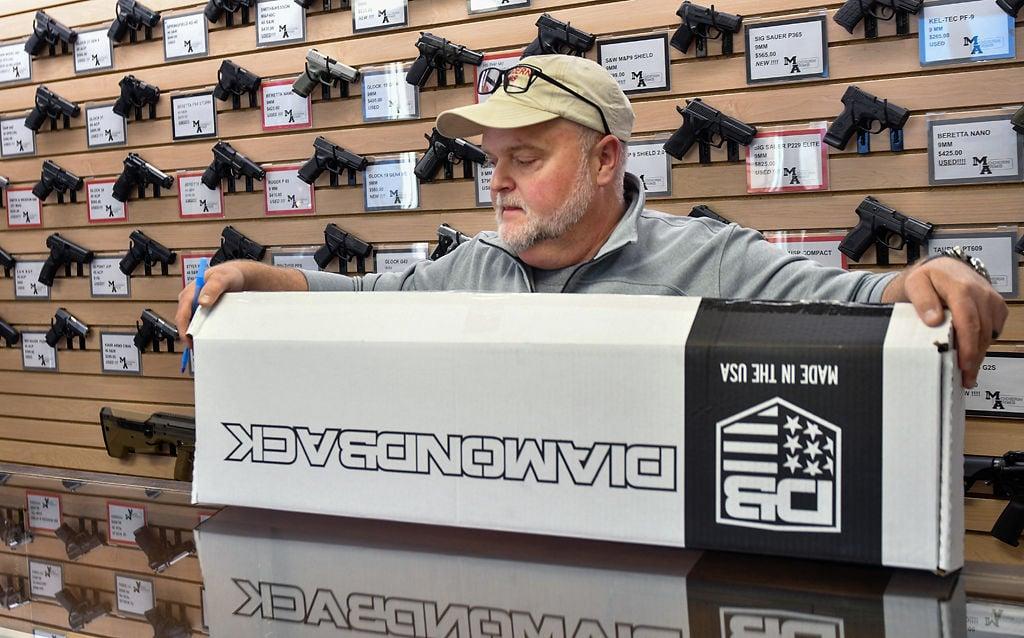 Larry Wayland unpacks an AR-15