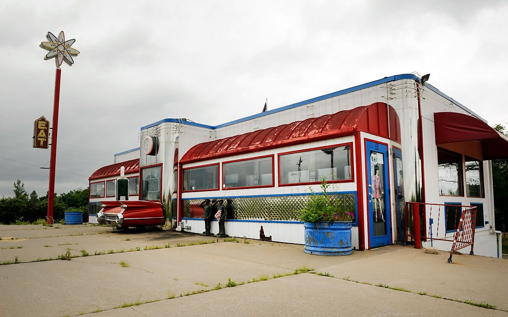 Photo gallery the 63 diner atrophies after april closure for 50 s diner exterior