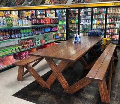 Como Esta Taqueria takes over the former location of Taqueria Don Pancho and added a picnic table