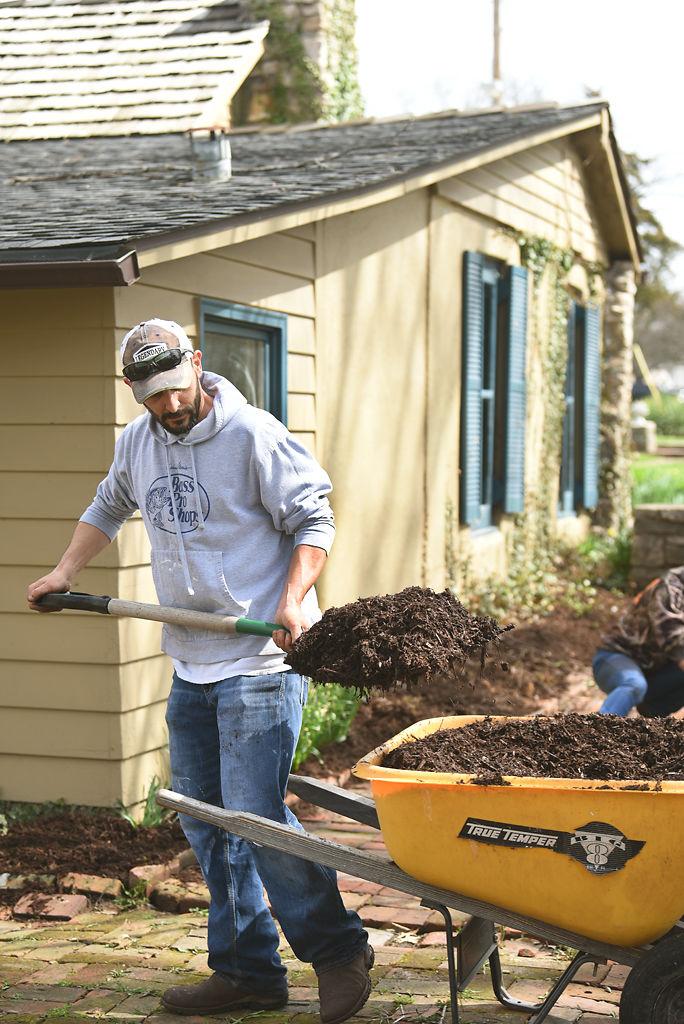Eric Emanuel, shovels soil