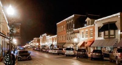 Weston's Missouri Candlelight Homes Tour