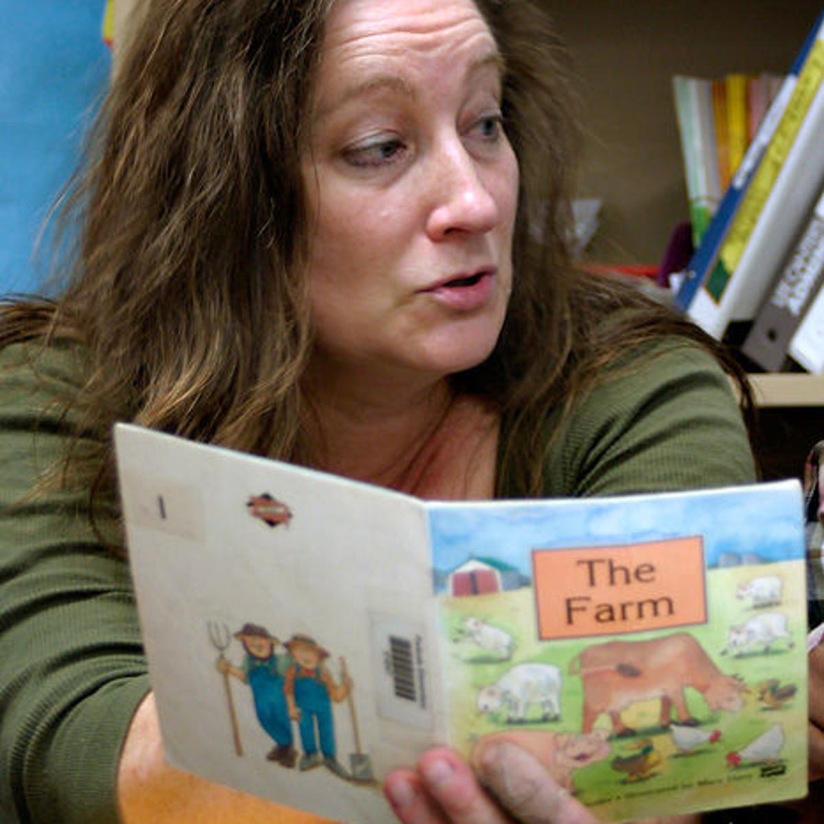 Emotionally Disturbed Students At >> Teacher Works Magic With Emotionally Disturbed Children K