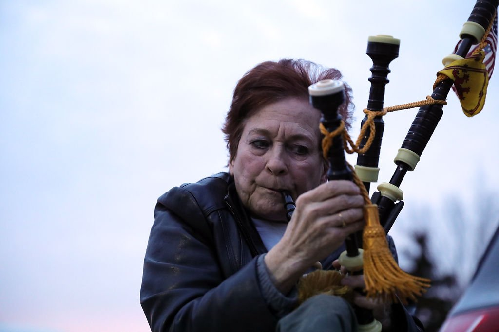 Heather Foote sets the tone in the bagpipes