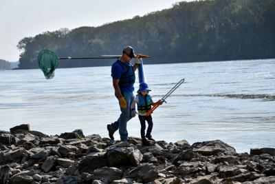 Missouri River Relief: 20 years pulling tons of trash out of the Big Muddy