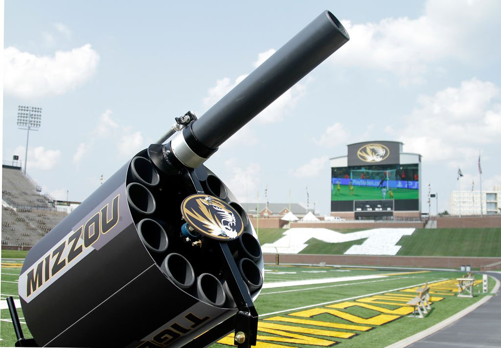 missouri s new t shirt cannon 24 shirts in 5 seconds mizzou