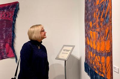 Jennifer Wax admires