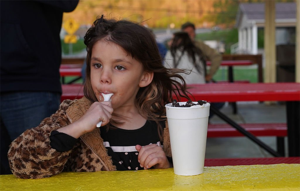 Liliana Gomez eats a super shake at Jolly Cone Drive-In