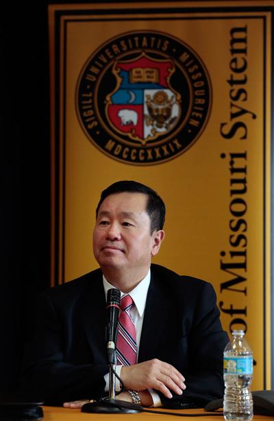 Mun Choi ends executive incentive pay at UM System
