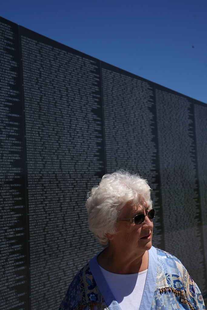Visitor looks at Missouri's Veterans Memorial