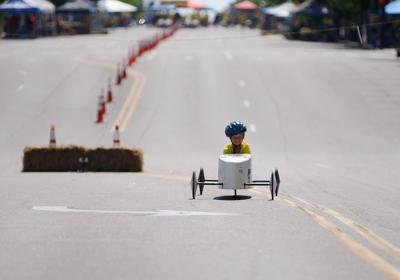 81st 'Thrill on the Hill' races down Broadway