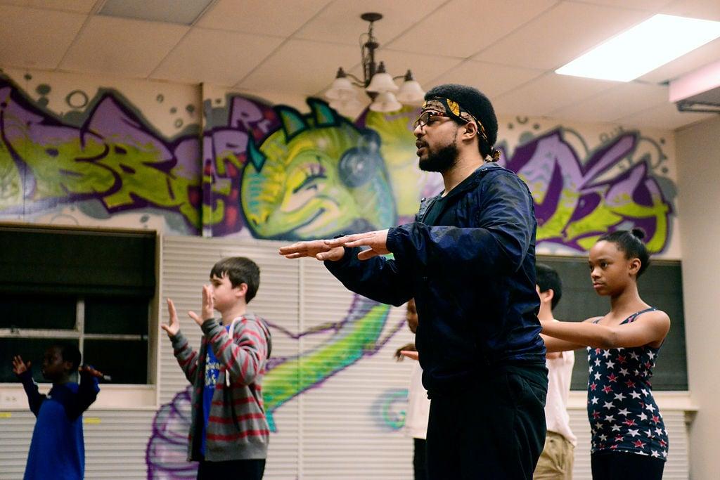 Ismaeel Bilal practices with students