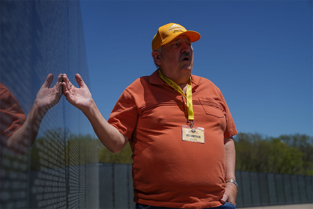 Guide talks about Missouri's National Veterans Memorial