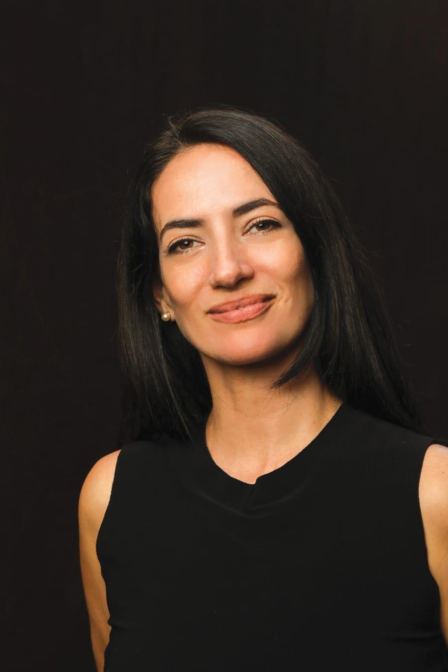 Aydmara Cabrera headshot photo by Noel Valero