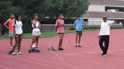 Jennings with sprinters.jpg