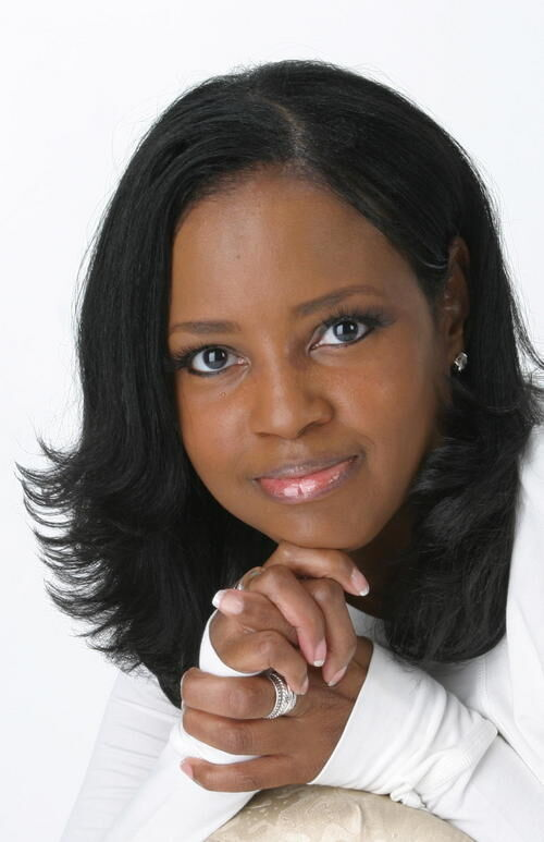 Bestselling Author Elaine Flowers is Committed to Helping Black Authors Reach Full Potential