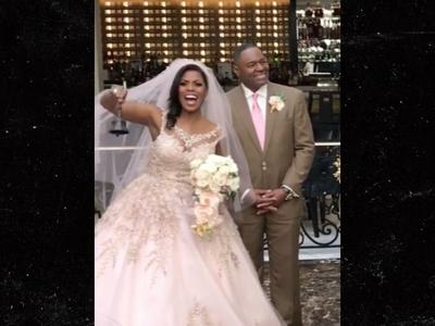 Omarosa Wedding Dress.Omarosa Is Officially A Married Woman Entertainment