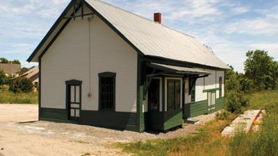 DANVILLE TRAIN STATION