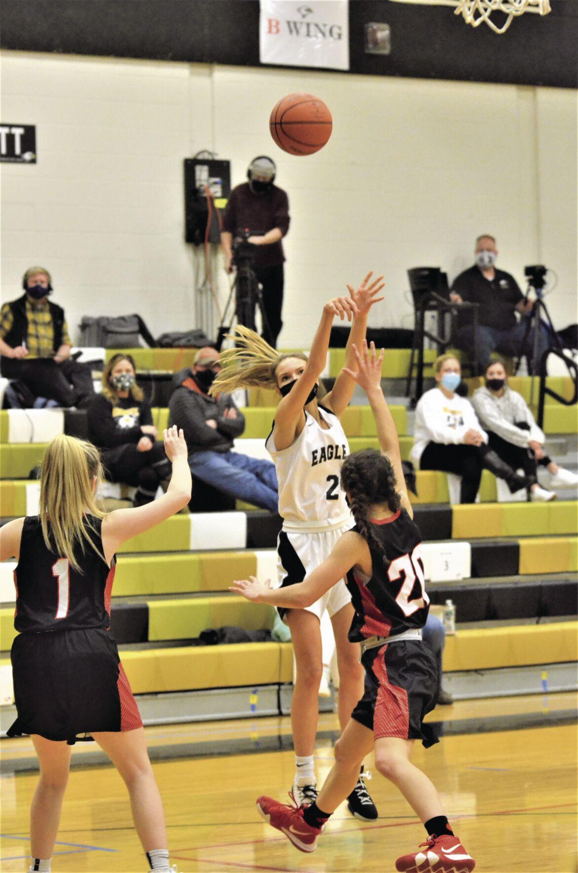 KHS girls hoop - Jaelin Cummings jumper
