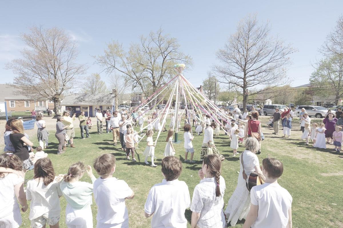 5-16-16 May Faire_Waldorf school 3.jpg