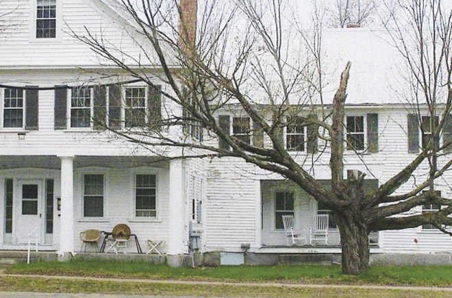 house without doughnut tree