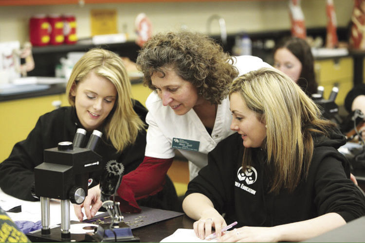 Community College Launches New Veterinary Assistant Program Local