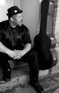 Singer/songwriter Carlos Angeles Olmeda returns to the Medallion
