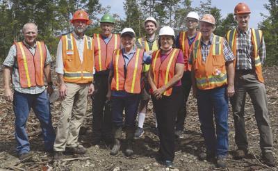 Kuster visits Kel-Log timber harvest