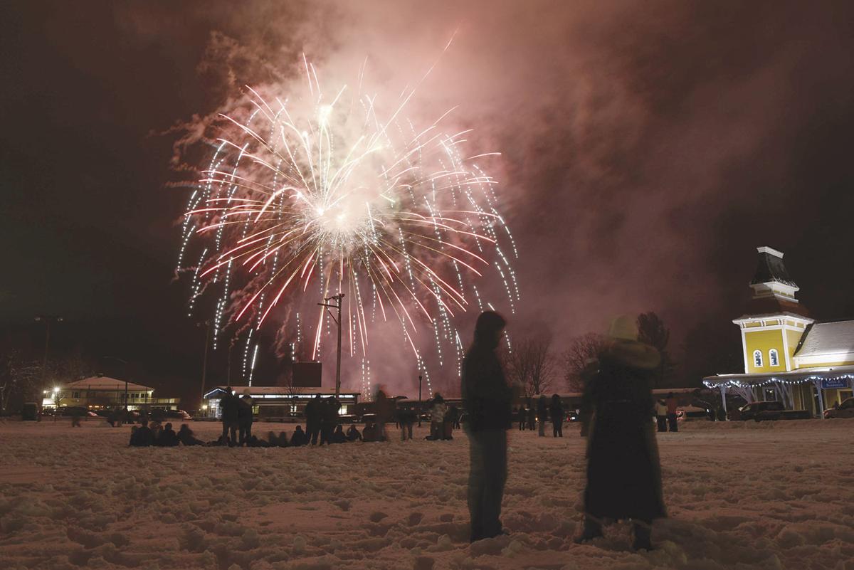1-1-20 Schouler Park fireworks.jpg