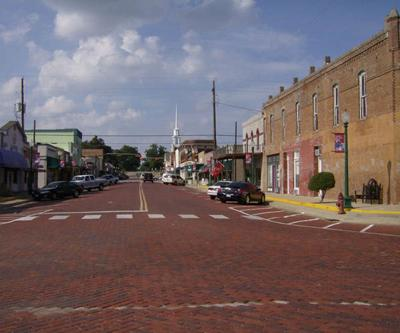Downtown Mineola is Great Shopping Experience