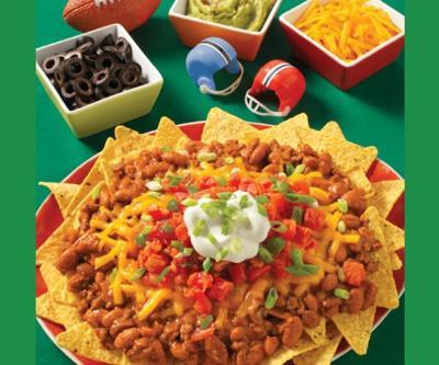 Wolf Brand Chili's Cowboy Nachos a Good Choice for Super Bowl Sunday