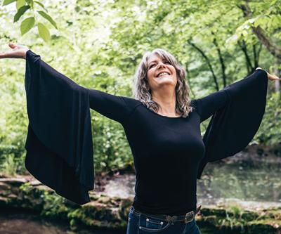Country Music's Kathy Mattea Comes to Lufkin