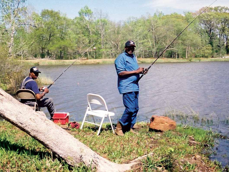 Fort_Boggy-Fishing_800x600