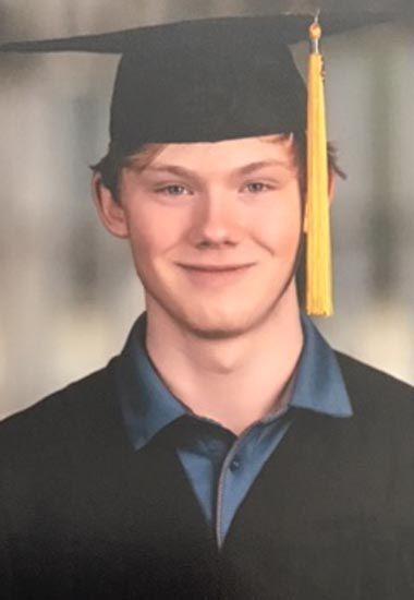 Vaughan receives scholarship at ATU