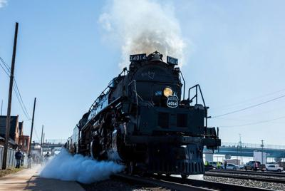 Big Boy Engine 4014 is all aboard to Russellville