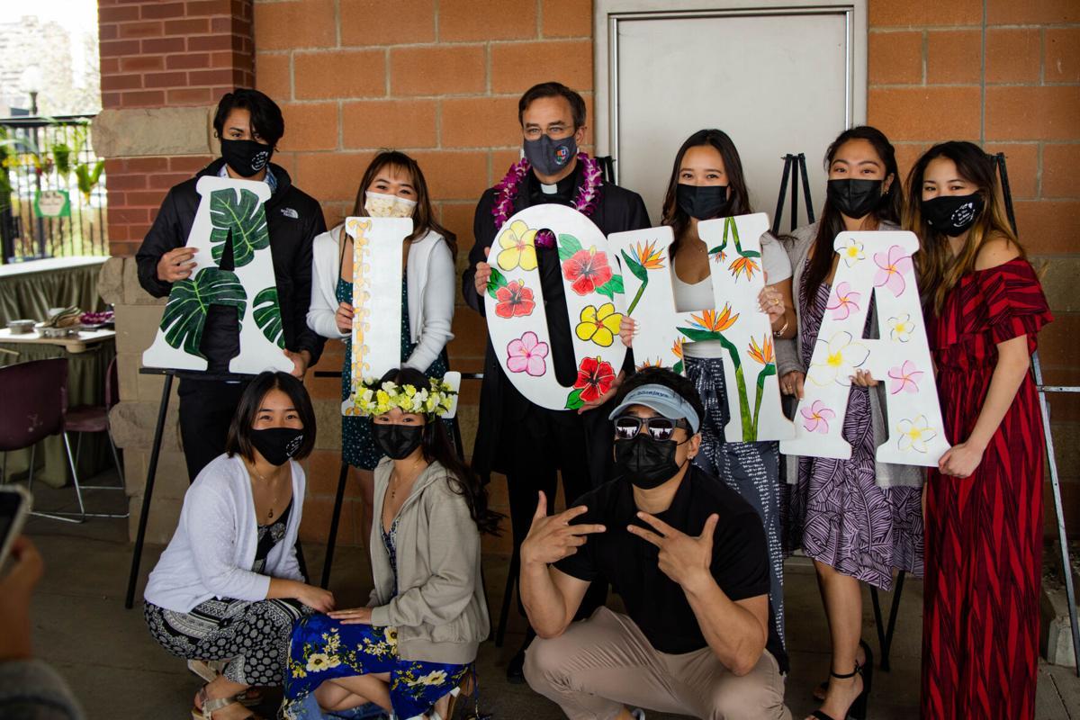 Students celebrate Lu'au