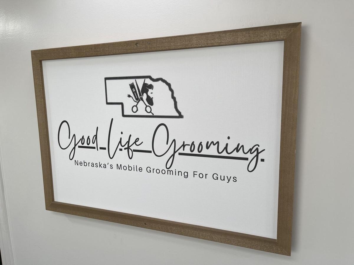 Good Life Grooming Logo