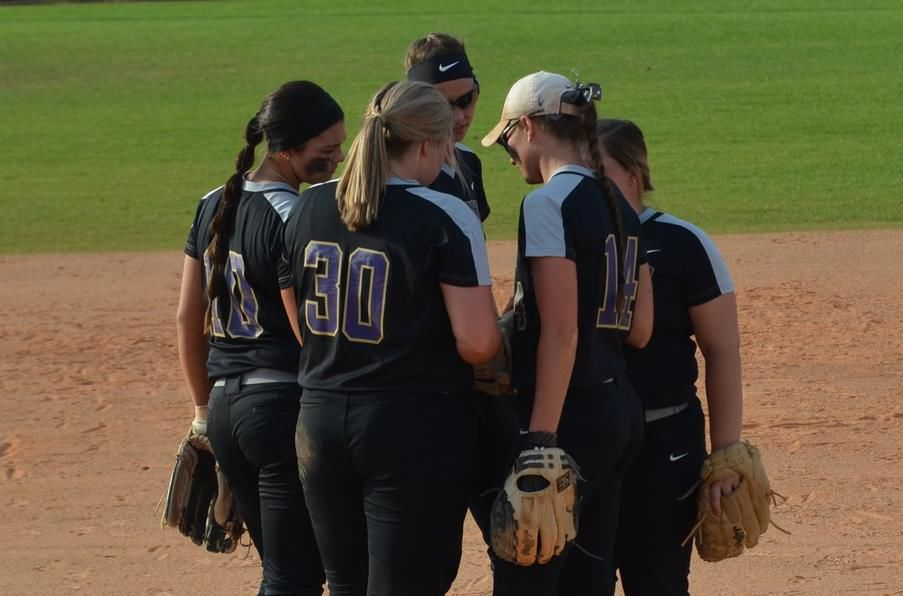 051420_cno_DC softball.jpg