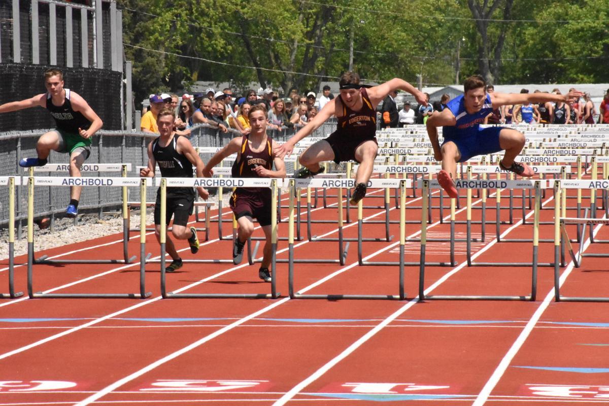 051919_cno_holloway hurdles.jpg
