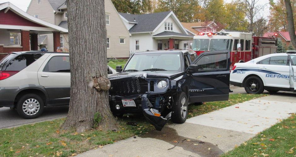 Fatal Crash In Defiance Editors Pick Crescent Newscom